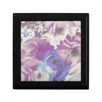Floral Vintage Wallpaper Pattern Gift Box