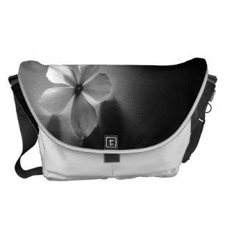 FlowArt Messenger Bag
