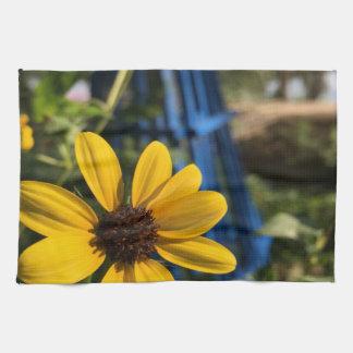 flower1.jpg kitchen towel