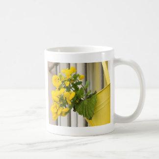 flower in vase coffee mug