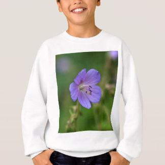 Flower of a meadow geranium sweatshirt
