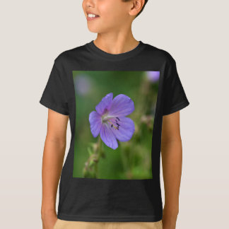 Flower of a meadow geranium T-Shirt
