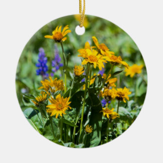 Flower Ornement Double-Sided Ceramic Round Christmas Ornament