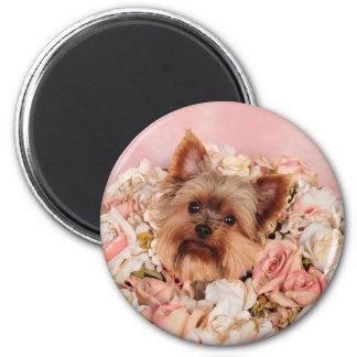 Flower pup 6 cm round magnet