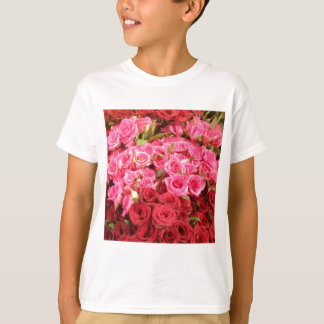 Flowers in the Philippines, pink and red roses T-Shirt
