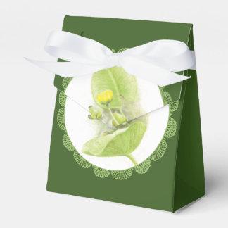 Flowers lilies favour box