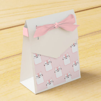 Fluffy Marshmallow Kitty in Pink Favour Box