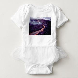 Fluid heat baby bodysuit