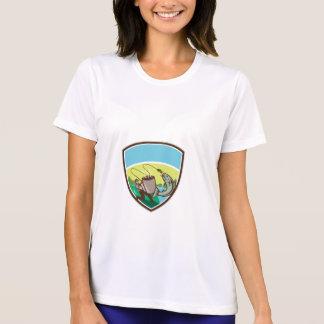 Fly Fisherman Salmon Mug Crest Retro T-Shirt