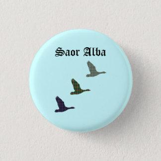 Fly Free Tartan Ducks Saor Alba Scotland Pinback 3 Cm Round Badge
