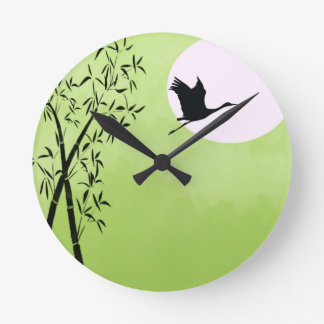 Flying crane - green round clock