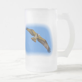 Flying osprey with a target in sight frosted glass beer mug