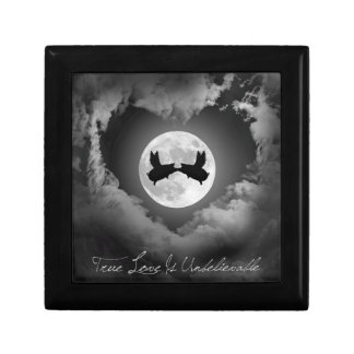 Flying Pigs Kissing-True Love Is Unbelievable Gift Box