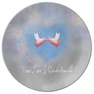 flying pigs kissing-true love is unbelievable plate