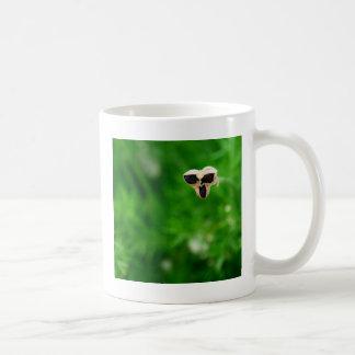 focus flower coffee mug