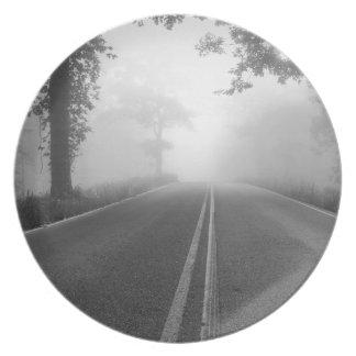 Foggy road plate