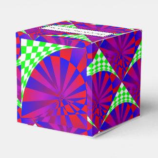 Folded Dimensions Favor Box