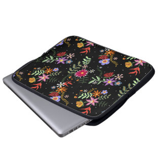 Folk embroidering laptop sleeve