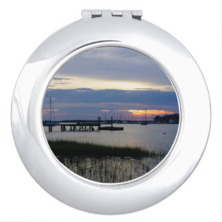Folly Harbor Sunset Mirror For Makeup