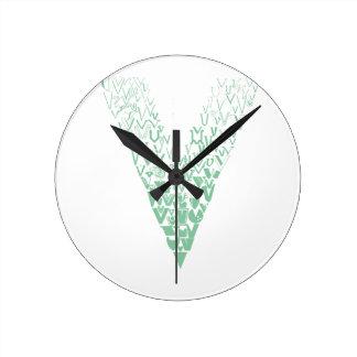 Font Fashion V Round Clock