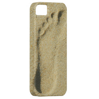 Footprint in the Sand iPhone 5 Cover