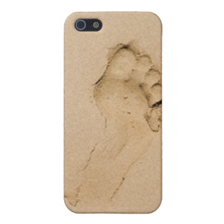 Footprint on the Beach iPhone 5 Covers