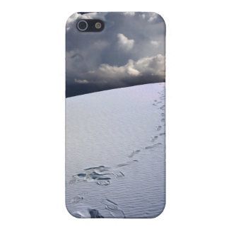 Footprints in desert sands iPhone 5 covers