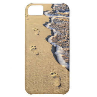 Footprints in sand on beach iPhone 5C case
