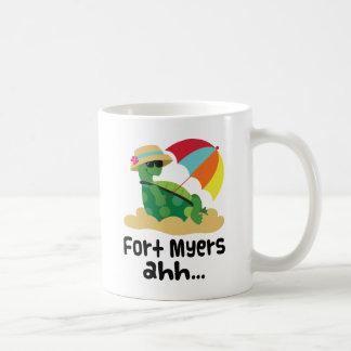 Fort Myers (Turtle on Beach) Basic White Mug