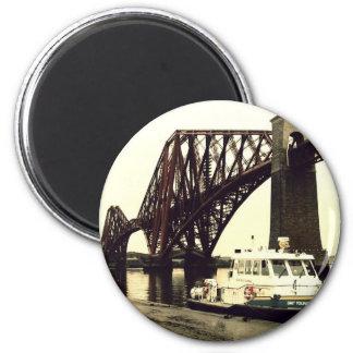 Forth Rail Bridge 6 Cm Round Magnet