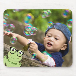 "Four-Eyed Frog ""Photo Bomb"" Mouse Pad"