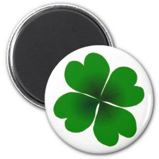 four-leaf clover 6 cm round magnet