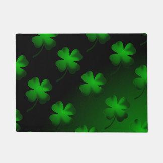 Four Leaf Clover Gradient Doormat