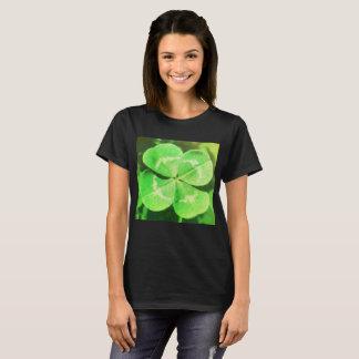 four-leaf-clover-wallpaper T-Shirt