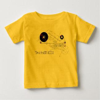 Four Realz - T-Shirt - Customized