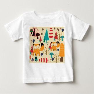 Fox in wild baby T-Shirt