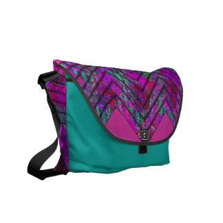 Fractal ZigZag Design Messenger Bag