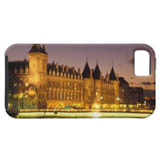 France, Paris, Conciergerie and river Seine at iPhone 5 Cover
