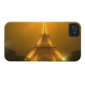 France, Paris. Eiffel Tower illuminated at 3 iPhone 4 Cover