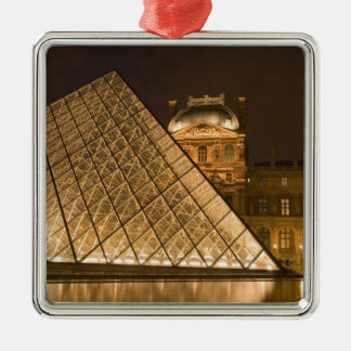France, Paris. The Louvre at twilight. Credit 2 Silver-Colored Square Decoration