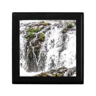 free flowing falls gift box