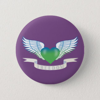 Freedom hear with wings 6 cm round badge