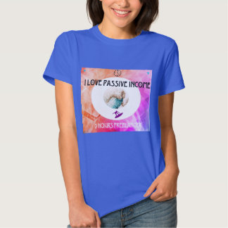 Freelancer chick with beautiful t-shirt! t shirt