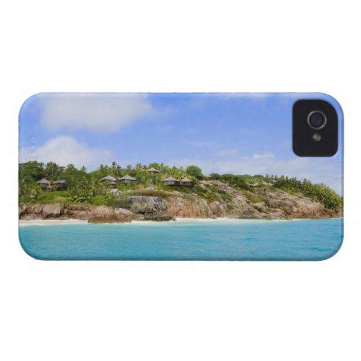 Fregate Island resort (PR) Blackberry Bold Cases