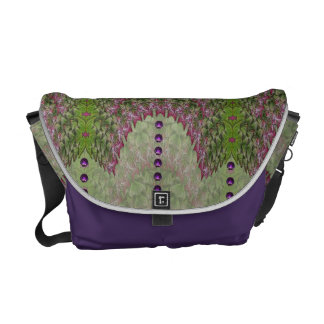 French Lavender Nouveau Abstract Baga Messenger Bags