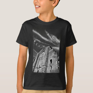 French the Middle Ages kisses the darkness skies T-Shirt