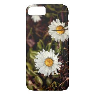 Fresh Daisy flowers iPhone 7 Case