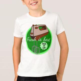 Fresh is best Mix it up Hand mixer T-Shirt