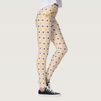 Fresh White Zinnias Pattern Best Mum Leggings