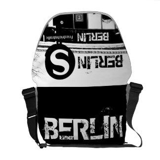 Friedrichstrasse_02.T_illu, BERLIN, S-Bahn Courier Bag